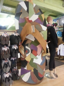 Huge flip flop in the Rainbow Sandals shop.