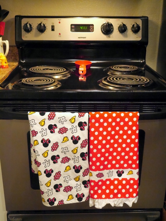 005 disney dish cloths