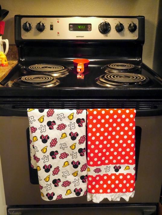 005 disney dish cloths